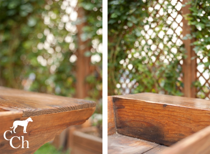 Muebles exterior y jardín con artesa antigua.